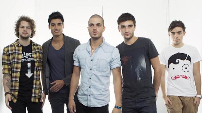 "FILE - This Aug. 22, 2012 photo shows members of the British boy band ""The Wanted"", from left, Jay McGuiness, Siva Kaneswaran, Max George, Tom Parker and Nathan Sykes posing for a portrait at JetBlue's T5 at JFK International Airport in New York. The British fivesome announced Wednesday, Feb. 6, that their new reality show will debut in June on E!. (Photo by Victoria Will/Invision/AP)"