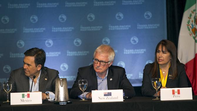 Mexican Economy Secretary Ildefonso Guajardo, New Zealand Trade Minister Tim Groser, and Peruvian Minister of Foreign Trade and Tourism Magali Silva participate in a news conference in Lahaina, Maui, Hawaii
