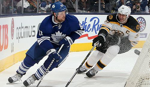 Boston Bruins vs. Toronto Maple Leafs: Phil Kessel and Zdeno Chara