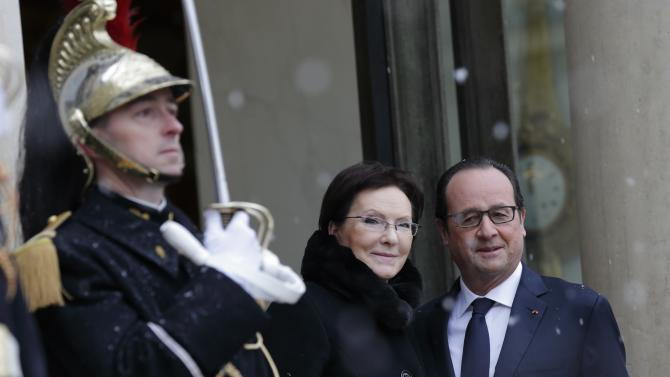French President Hollande welcomes Poland's Prime Minister Kopacz at the Eysee Palace in Paris