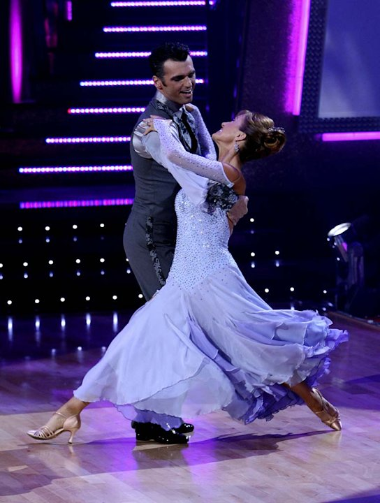 Tony Dovolani and Jane Seymour perform a dance on the 5th season of Dancing with the Stars.