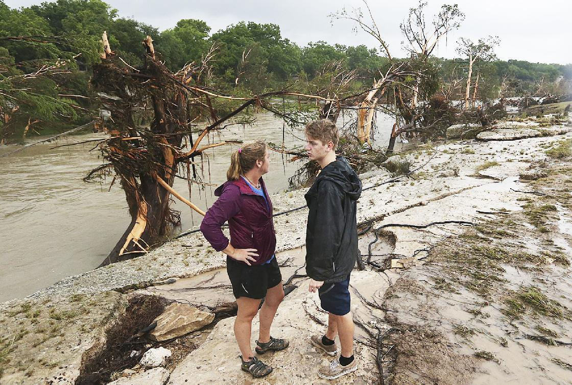 Texas flooding overwhelms popular bed-and-breakfast region