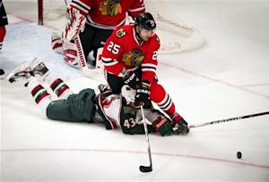 Blackhawks get 3 in second to beat Wild