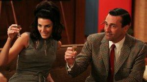 Emmys: Sibling Writers Compete as 'Mad Men,' 'Breaking Bad' Vie for Top Drama
