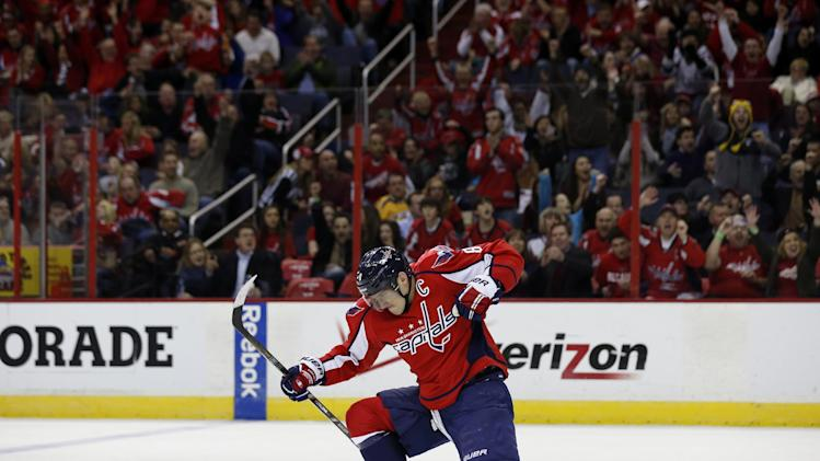 Capitals start fast and beat Predators 5-2