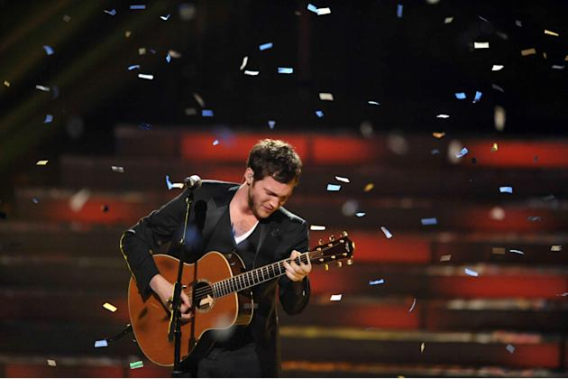 Winner Phillip Phillips performs onstage at the American Idol Finale on Wednesday, May 23, 2012 in Los Angeles. (Photo by John Shearer/Invision/AP)