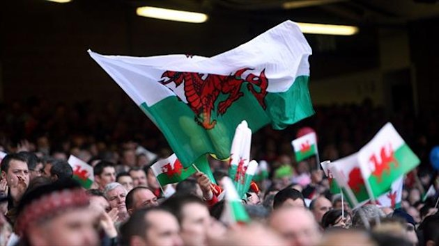 Welsh rugby chiefs are to present the country's four regional teams with a new agreement regarding the professional game in Wales