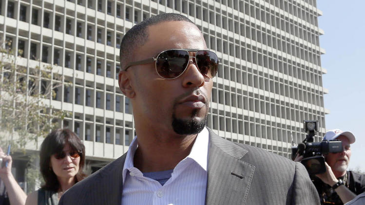 Darren Sharper returns to LA court on rape case