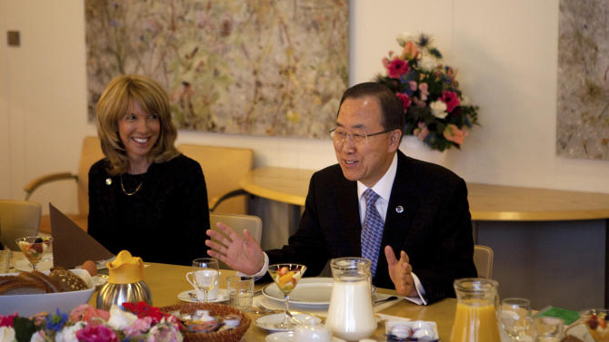 U.N. Secretary-General Ban Ki-moon, right, attends a breakfast meeting with Netherlands' Foreign Minister Frans Timmermans, not in the photo, in The Hague, Netherlands, Monday, April 8, 2013. Ban is on a two-day visit here. (AP Photo/Jan-Joseph Stok)