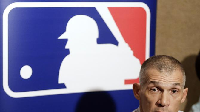 New York Yankees manager Joe Girardi answers questions during a news conference at the baseball winter meetings, Tuesday, Dec. 4, 2012, in Nashville, Tenn. (AP Photo/Mark Humphrey)
