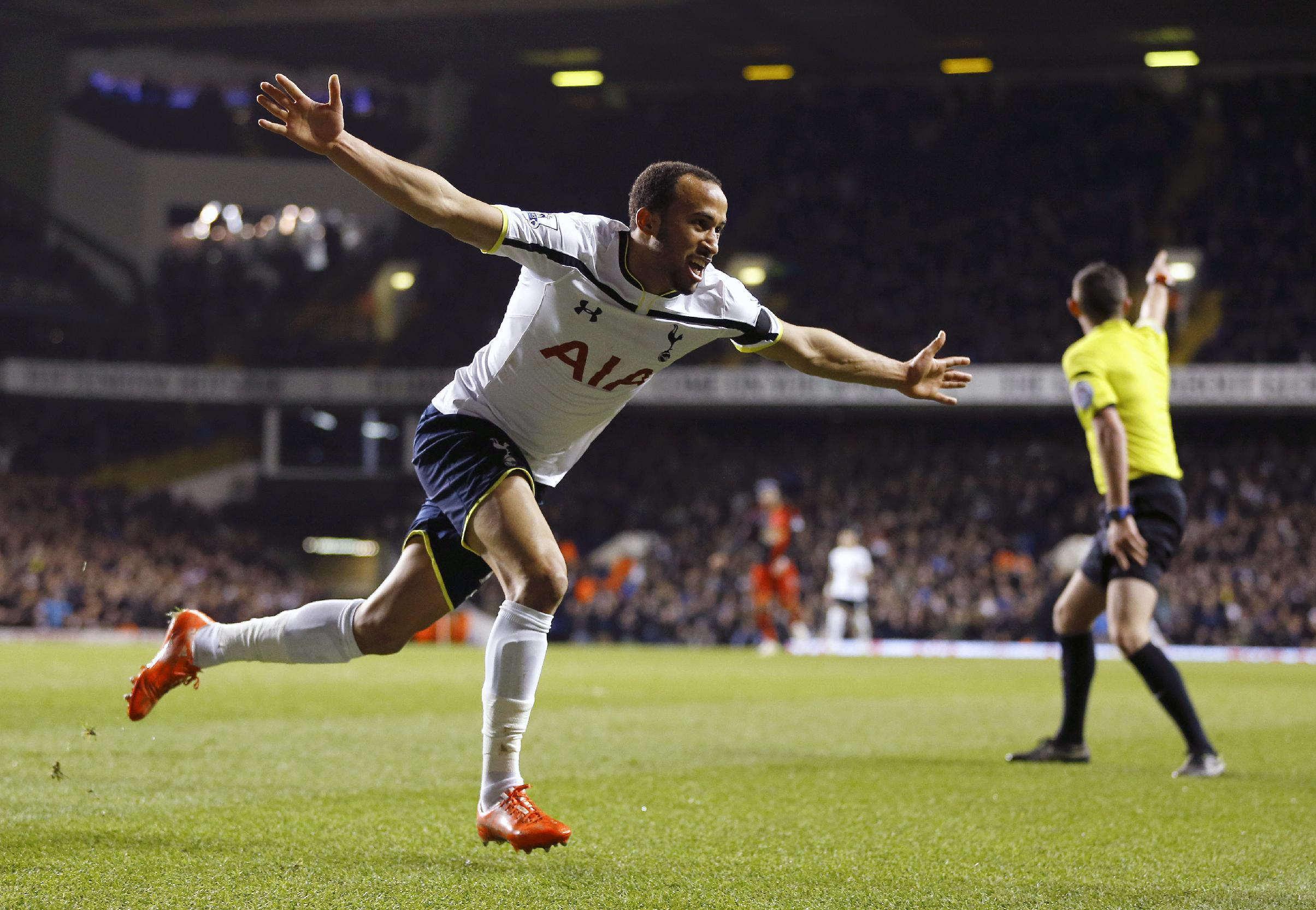 Spurs beat Swansea in EPL game delayed by player collapsing