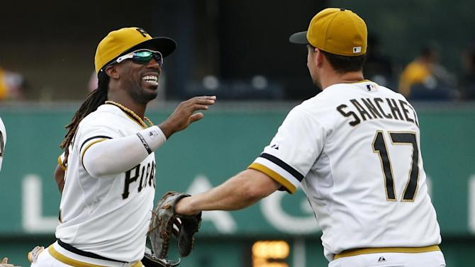 Pirates beat Rockies 5-3 for 3-game sweep