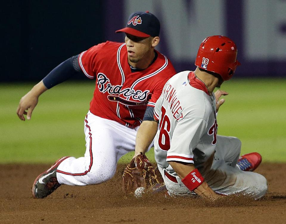 Medlen beats Lee as Braves blank Phillies, 1-0