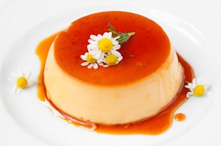 Vanilla Flan (Flickr Photo/ Some rights reserved by joana hard)