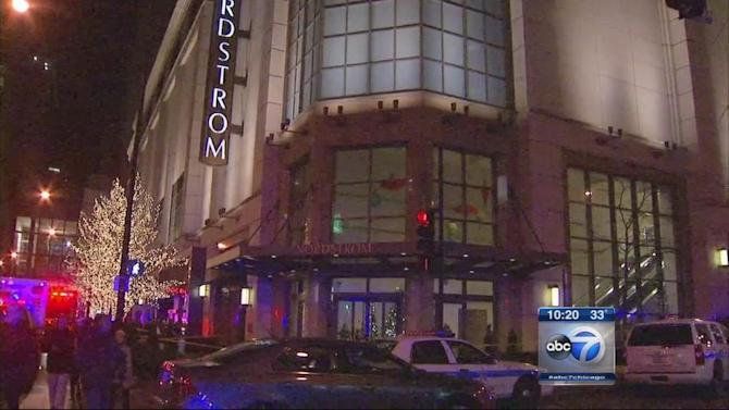 Nordstrom shooting in Chicago leaves 1 dead, 1 injured, police say