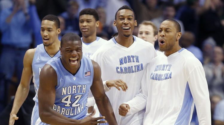 Paige leads No. 24 UNC over No. 3 Louisville 93-84
