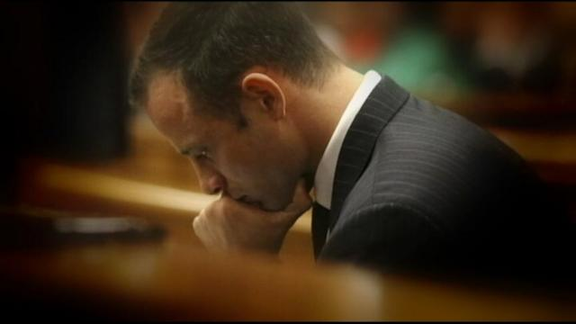 Pistorius Visibly Emotional, Vomiting During Trial