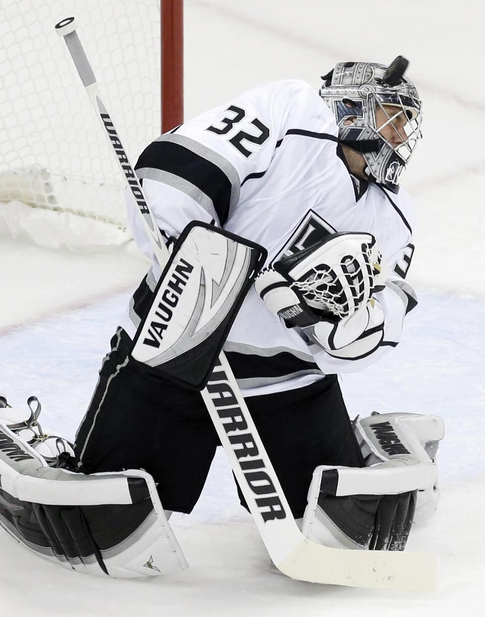Kopitar, Carter lift Kings over Wild 3-2 in SO