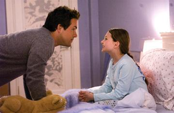 Ryan Reynolds and Abigail Breslin in Universal Pictures' Definitely, Maybe