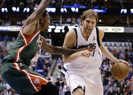 Grizzlies match largest comeback, top Mavs 90-84