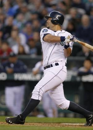 Montero, Noesi lead Mariners past Oakland 4-0