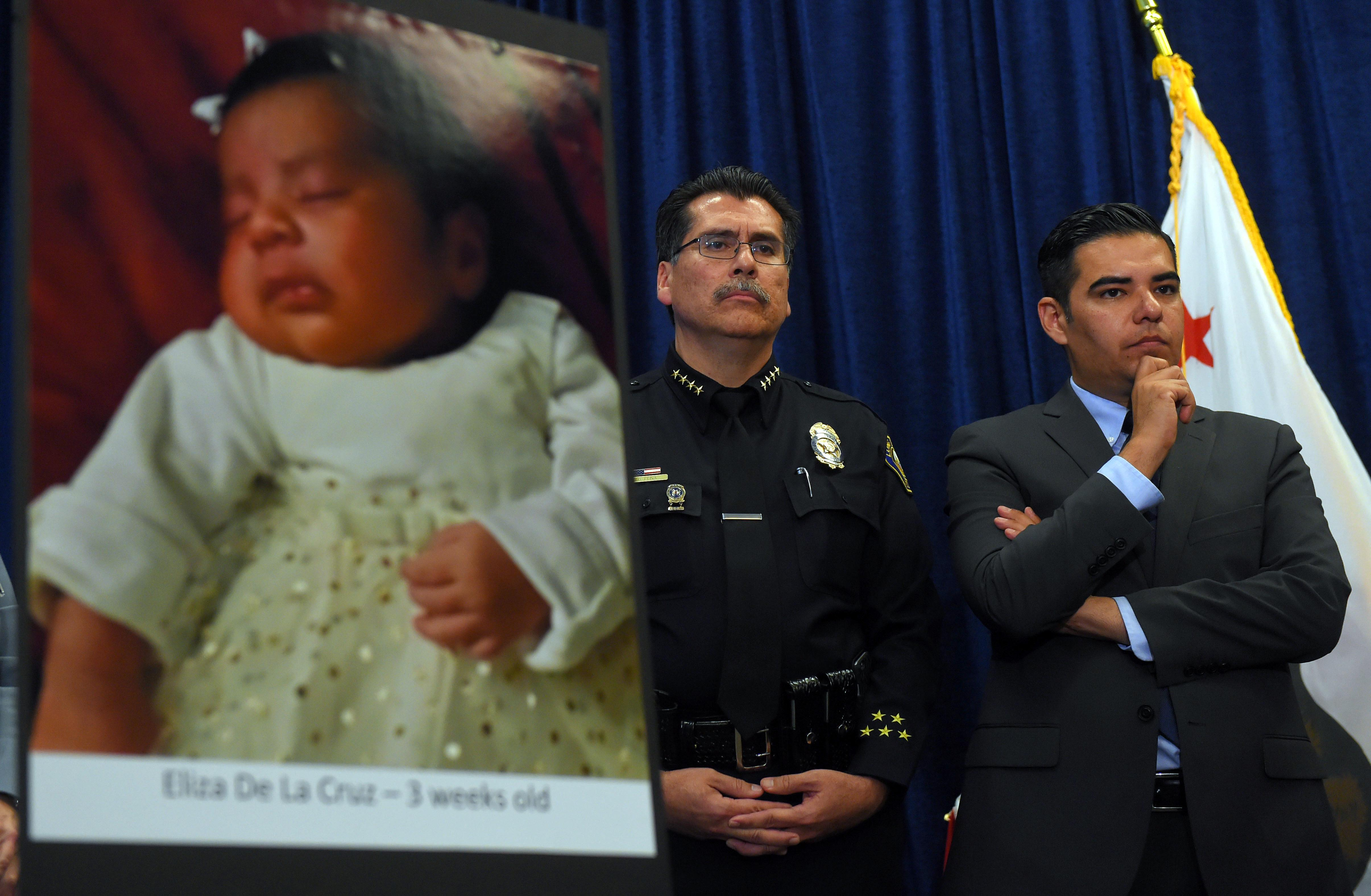 California woman, friend charged in alleged baby-theft plot