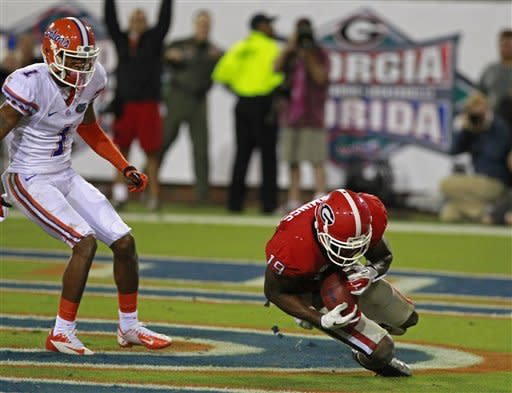 No. 12 Georgia upsets turnover-prone Florida 17-9