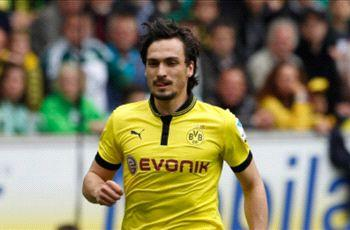 Dortmund chief laughs off Hummels to Barcelona rumors