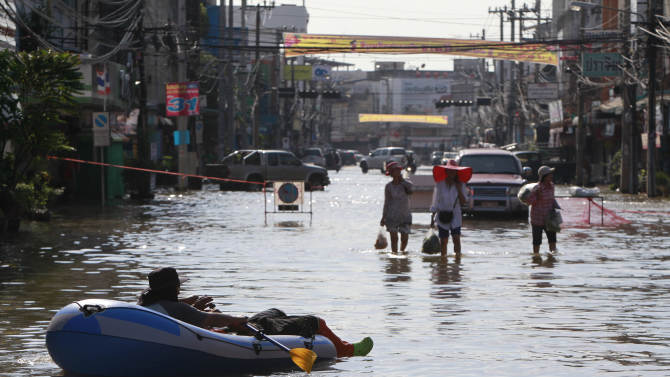 Floods in Thailand kill 23 as more storms loom