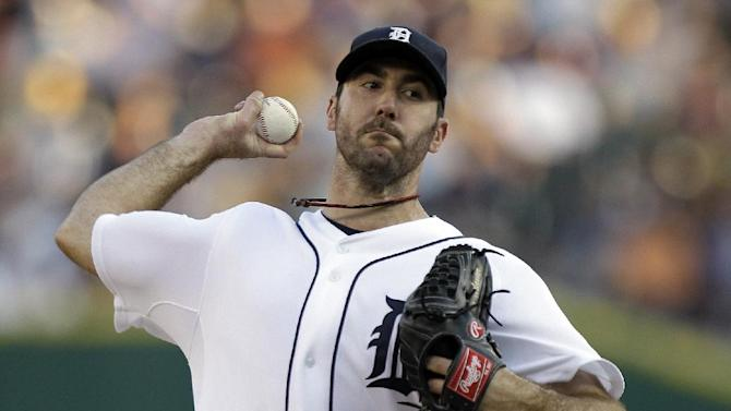 Detroit Tigers pitcher Justin Verlander throws against the Minnesota Twins in the first inning of a baseball game in Detroit, Tuesday, Aug. 16, 2011. (AP Photo/Paul Sancya)
