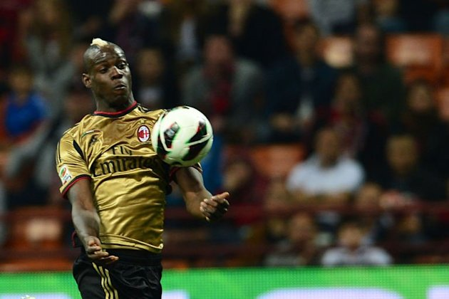 Mario Balotelli controls the ball at San Siro Stadium in Milan, on May 12, 2013