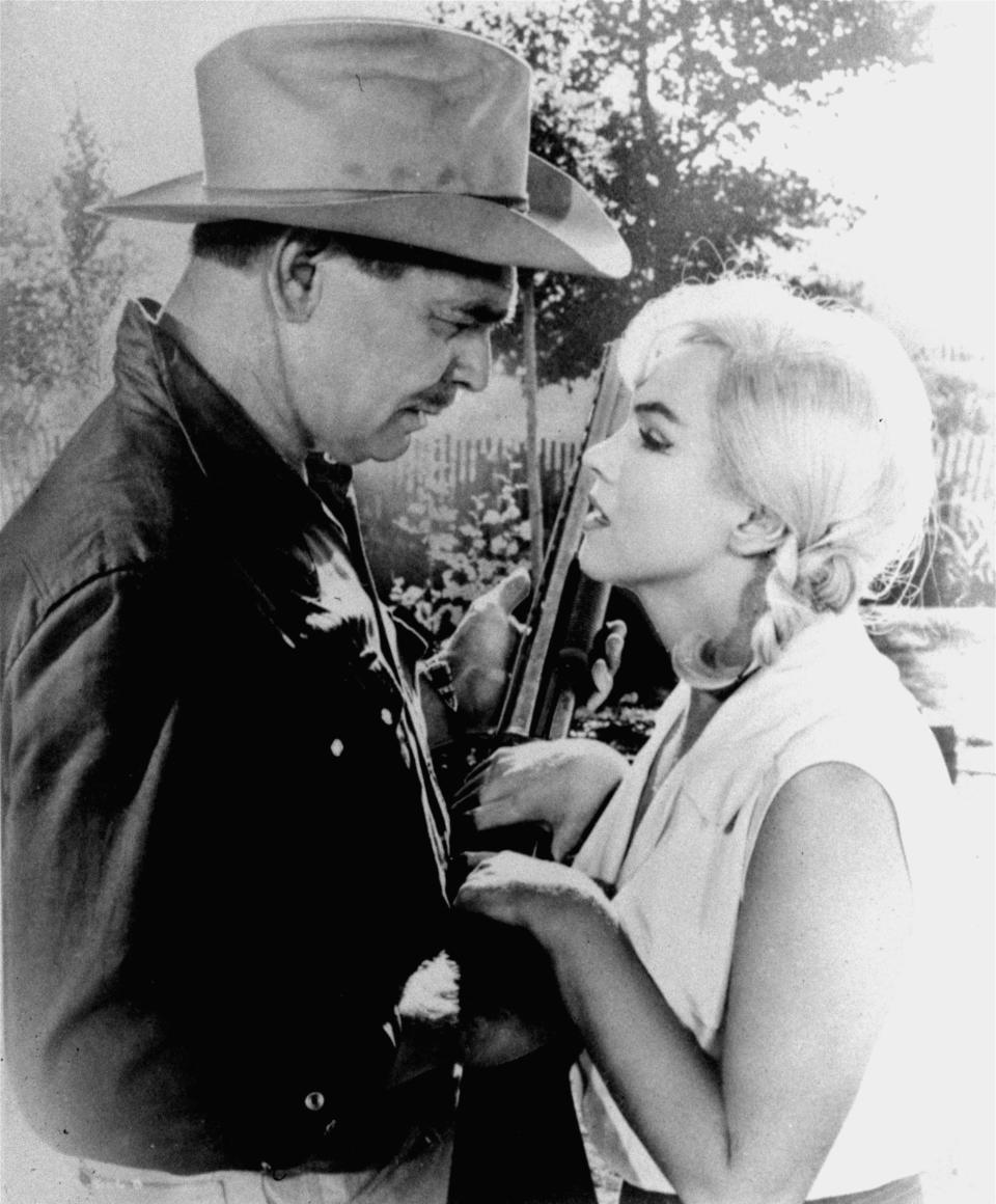 "**FILE** Clark Gable and Marilyn Monroe, play a scene in ""The Misfits"" in this undated file photo. It turned out to be the last movie for both in 1961. (AP Photo, file)"