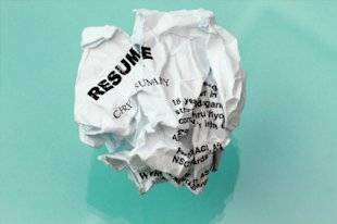 Your Resume&#x002019;s Kiss of Death: 10 Words to Avoid image istock 000018772934xsmall