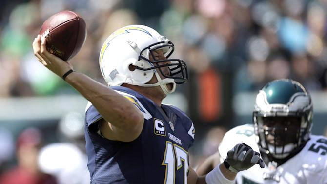 Rivers throws 3 TDs, Chargers beat Eagles 33-30