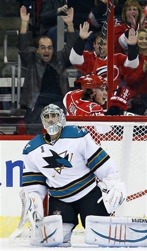 Jokinen, Hurricanes top Sharks, 3-2