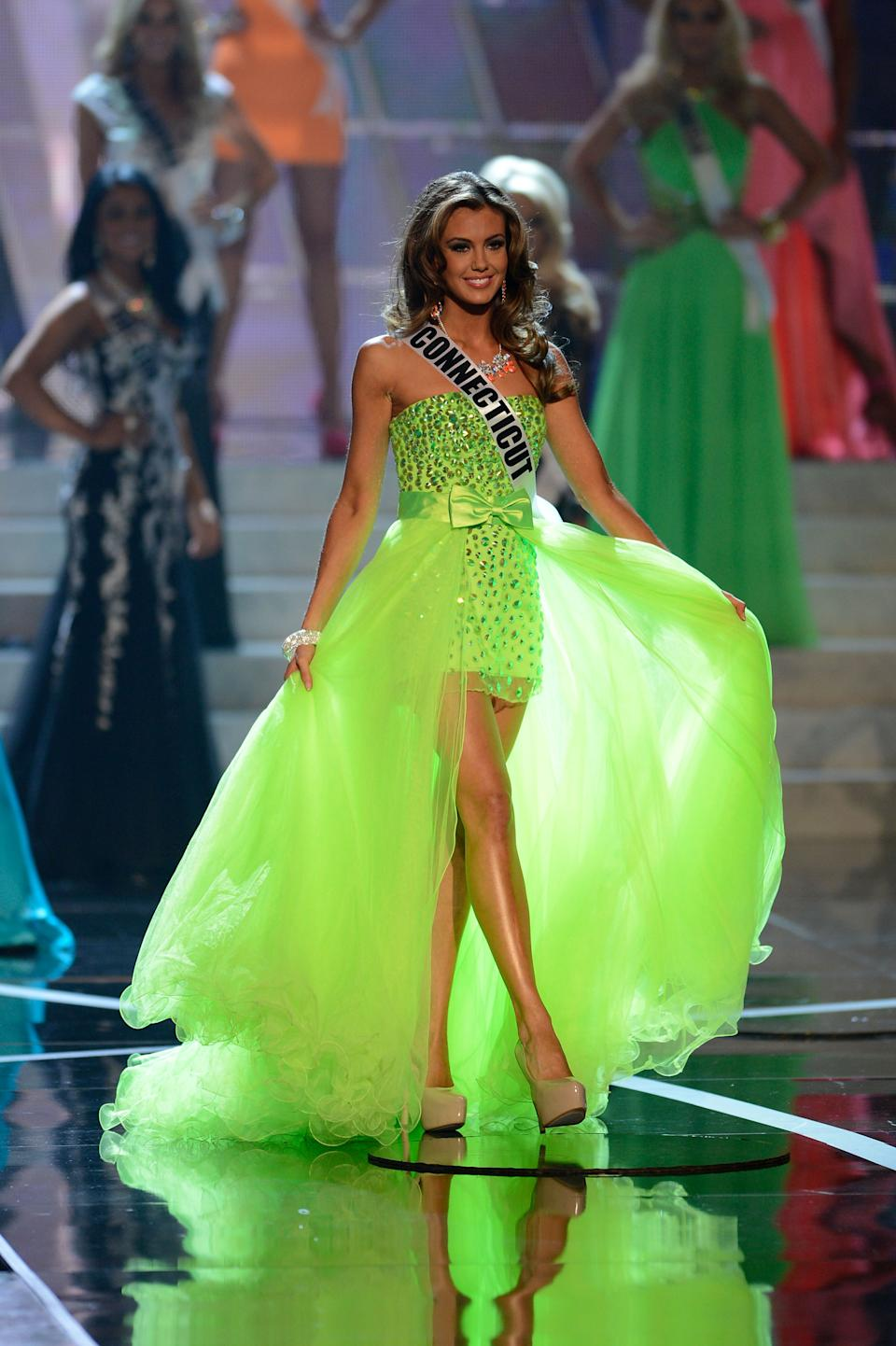 Miss Connecticut, Erin Brady, 26, won the beauty contest Miss USA 2013 in Las Vegas, Sunday, June 16. In the photo, Brady during his presentation at the contest. (AP Photo / Jeff Bottari)