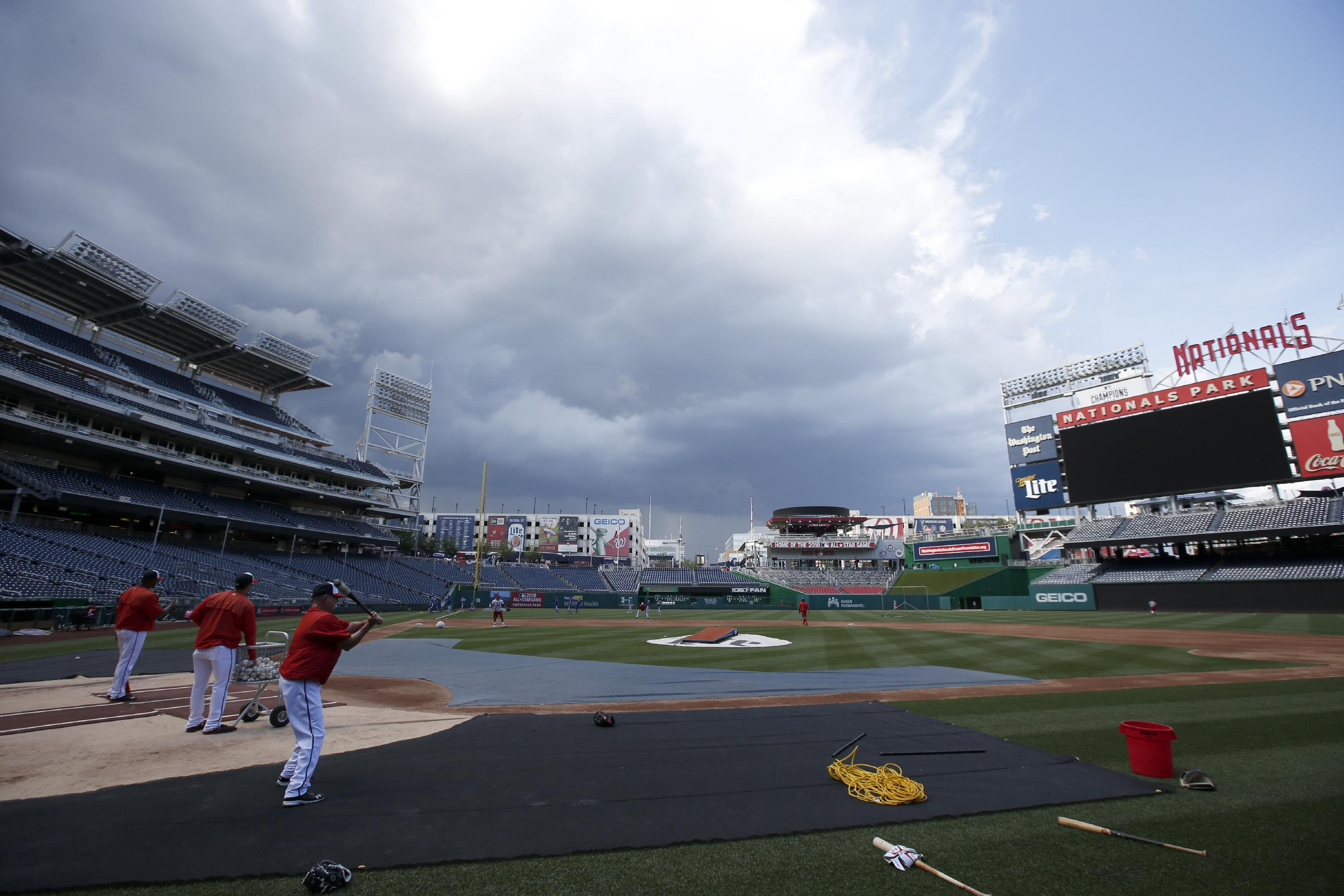 Blue Jays-Nationals postponed, so is Bautista's return to OF