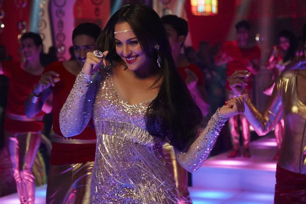 Sonakshi&amp;#39;s disco look