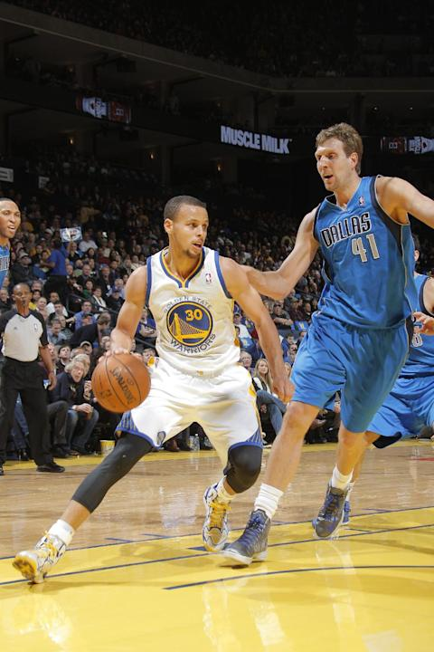 Curry rallies Warriors past Mavericks, 95-93