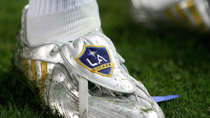 CARSON, CA - AUGUST 29: The Custom shoes of David Beckham #23 of the Los Angeles Galaxy he used to score a goal against Chivas USA on August 29, 2009 at the Home Depot Center in Carson, California. The Galaxy won 1-0. (Photo by German Alegria/Getty Images via MLS)