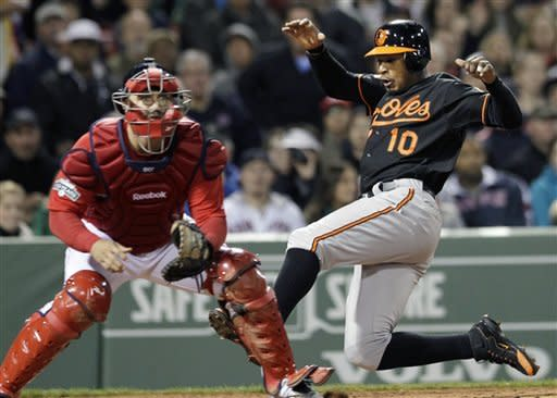Davis lifts Orioles over Red Sox 6-4 in 13 innings