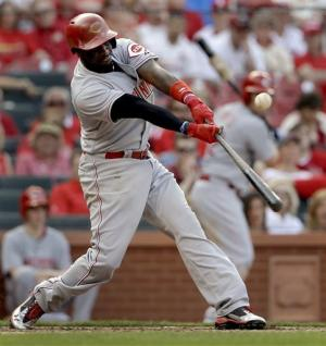 Reds' 9-run 9th spoils Cardinals' home opener