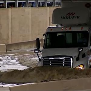 Raw: Dallas Rains Strand Drivers for Hours