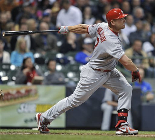 Holliday, Beltran homer, Cards beat Brewers 6-1