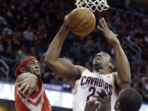 Jamison, Irving lead Cavs past Rockets 118-107