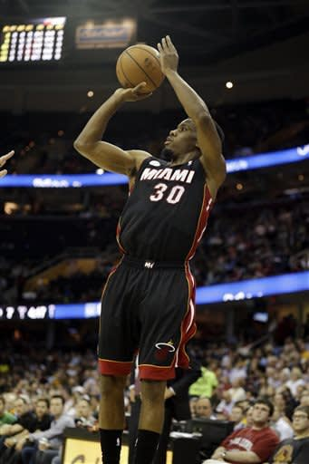 LeBron sits as Heat down Cavs 96-95