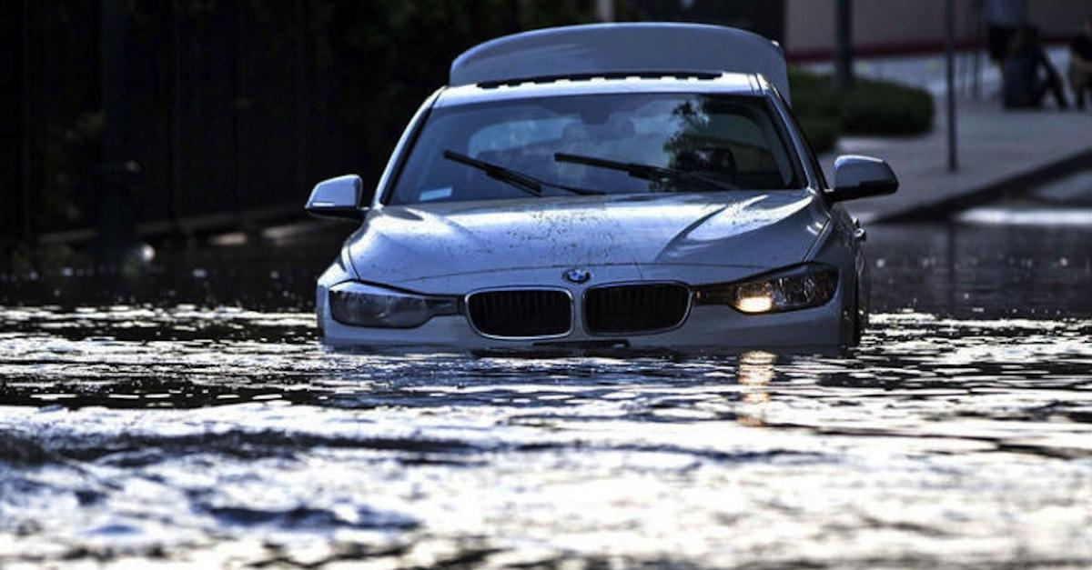 9 Tell-tale Signs of a Flooded Car