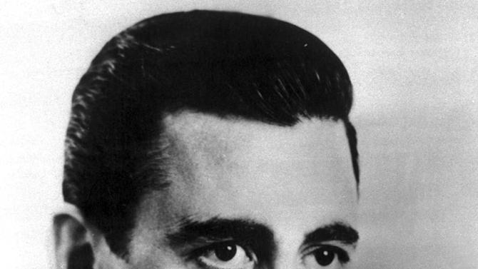 New biography claims more Salinger books due out