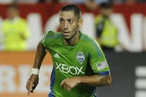Clint Dempsey loan to Fulham officially announced