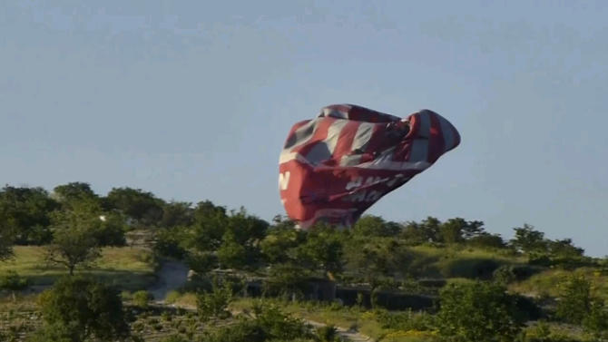 Turkey: 2 Brazilians killed in balloon crash